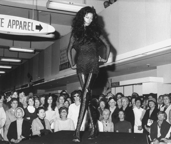 donyale-luna_sydney_1967