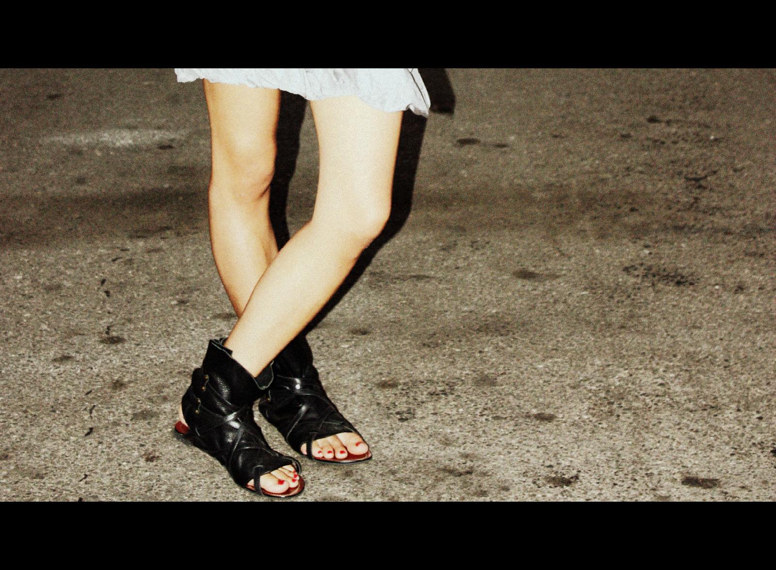 Forever 21 dress_Dolce Vita sandals